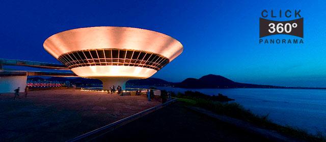 Click nesta foto 360 graus para apreciar o entardecer no pátio do MAC o Museu de Arte Contemporânea de Niterói em foto 360 graus do AYRTON especialista e pioneiro no Brasil da tecnica de fotografia panoramica imersiva