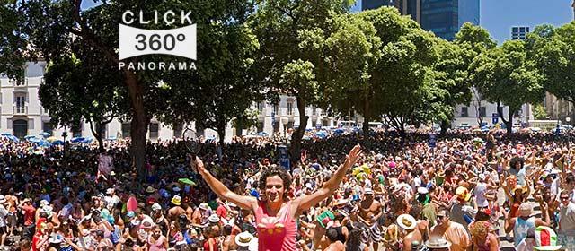 Click nesta imagem panorâmica 360 graus para ver a folia no domingo de Carnaval do Cordão do Boitatá em  foto 360 graus do AYRTON especialista e pioneiro no Brasil da tecnica de fotografia panoramica imersiva