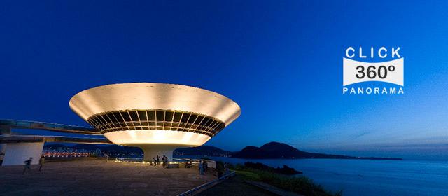 Click na imagem e veja em 360 graus o MAC de Niterói, nesta foto 360 graus do AYRTON360, especialista e pioneiro no Brasil da tecnica de fotografia Panoramica Imersiva, Gigafotos e de Little Planets