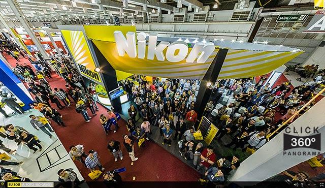 Click na imagem e veja o stand da NIKON BRasil no PIB2012, nesta foto 360 graus do AYRTON360, especialista e pioneiro no Brasil da tecnica de fotografia Panoramica Imersiva, Gigafotos e de Little Planets